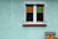 Okno w bloku